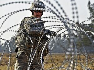 Использование колючей проволоки в армии